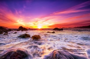 Sunset-Colors-Over-Marshalls-Beach-Rocks-620x408